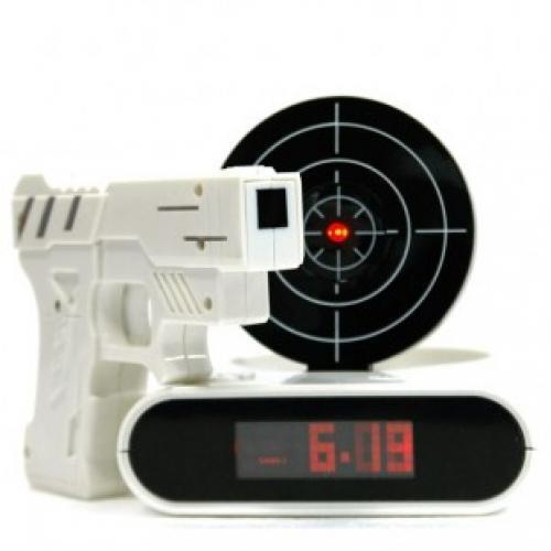 Будильник с мишенью и лазерным пистолетом - Меткий стрелок