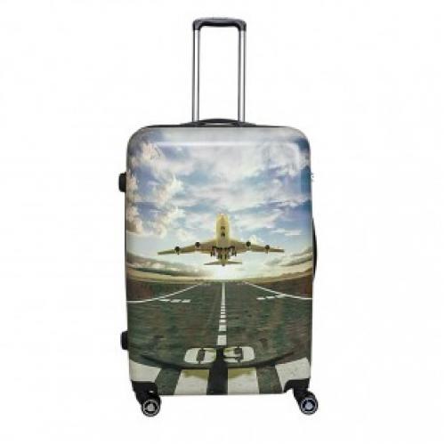 Пластиковый чемодан на 4 колесах